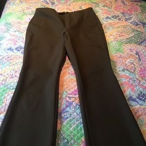 Eileen Fisher Stretch Cropped Leg Pants. Size 4